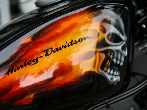 Harley-Davidson Devil's Infantry Paint Job
